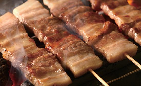 焼肉 大黒天 牛串焼き 牛カルビ丼